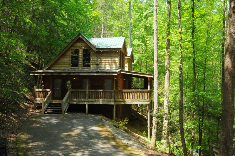 gatlinburg-cabin.jpg